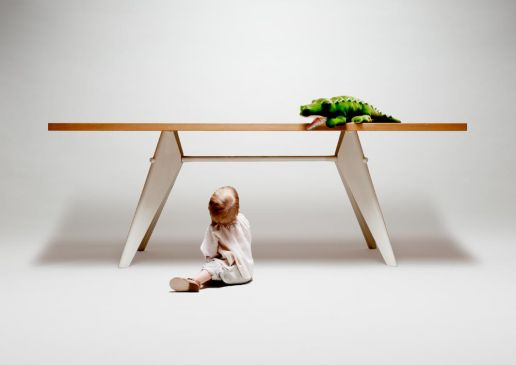 toddler and table