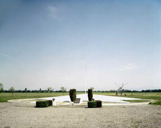 flat star shape war memorial