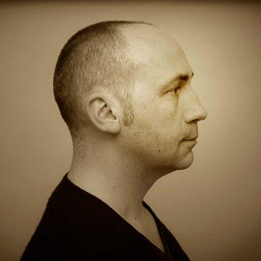 portrait picture of Olivier Meriel Photographer Paris